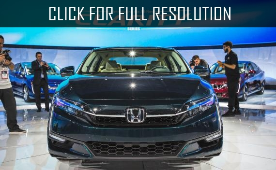 The second generation Honda Clarity sedan passed the first test